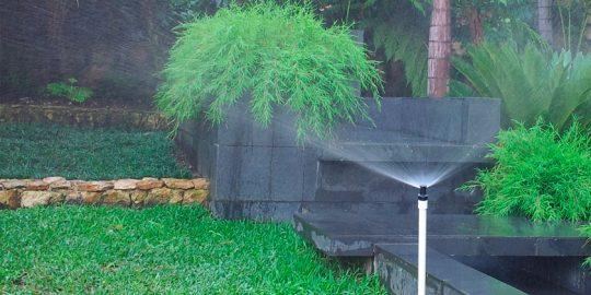 riego-jardin-aldebaran-cali-wamco02